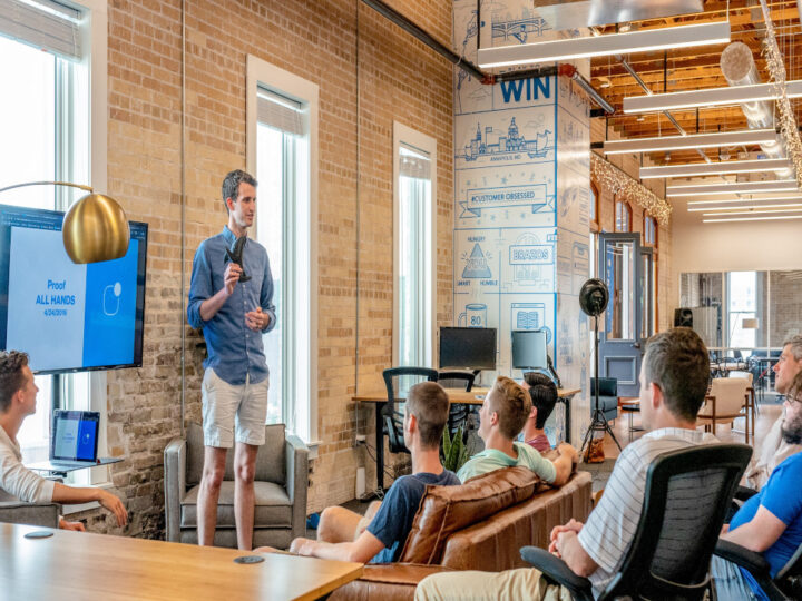 Norm derails a talk show